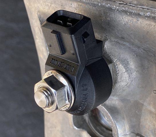 سنسور ضربه یا ناک (knock sensor)